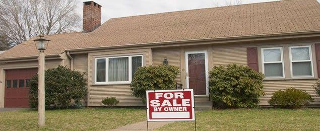 a-for-sale-by-owner-house-4e8f34bb9a71b7fd52c7837e9f5b3420